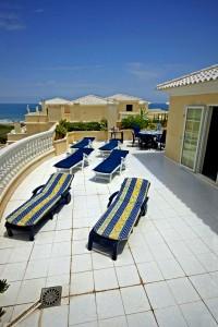 Leiligheten har to store terrasser - begge med utsikt over Middelhavet!